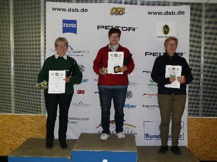 Karin Christopeit bei der offenen Meisterschaft des Niedersächsichen Sportschützenverbandes, 1. Platz